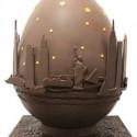 Huevos de Pascua diseñados por Arquitectos Egg by Carter Jones para Jack Torres. Image Courtesy of Faberge's Big Egg Hunt