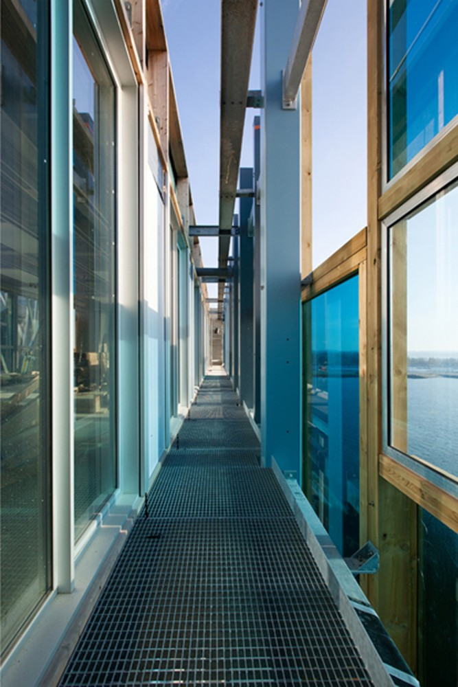 lorient actu urbaine architecturale skyscrapercity. Black Bedroom Furniture Sets. Home Design Ideas