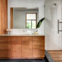 Brillhart House / Brillhart Architecture Courtesy of Brillhart Architecture  Brillhart House / Brillhart Architecture 54eebddfe58ece8925000080 brillhart house brillhart architecture master bath credir bruce buck 125x125