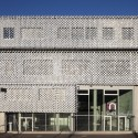 Odontology Teaching and Research Center / Philippe Gazeau © Christophe Camus