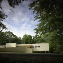Green Woods House / Stelle Lomont Rouhani Architects © Matthew Carbone
